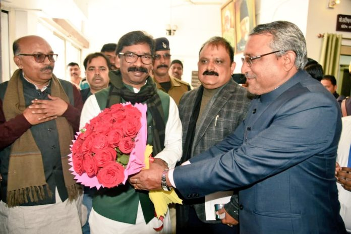 The budget session of Jharkhand Legislative Assembly started with a ruckus- Panchayat Times
